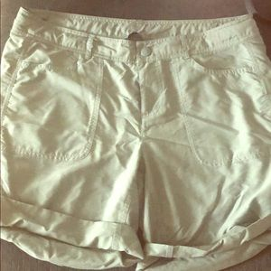 Used Short, Size 12. Brand: North Face.